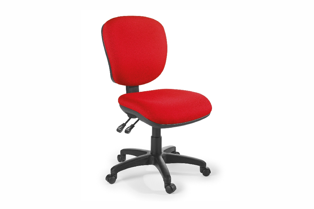 ARENA 2.40 Task Chair is a generously proportioned and comfortable chair.