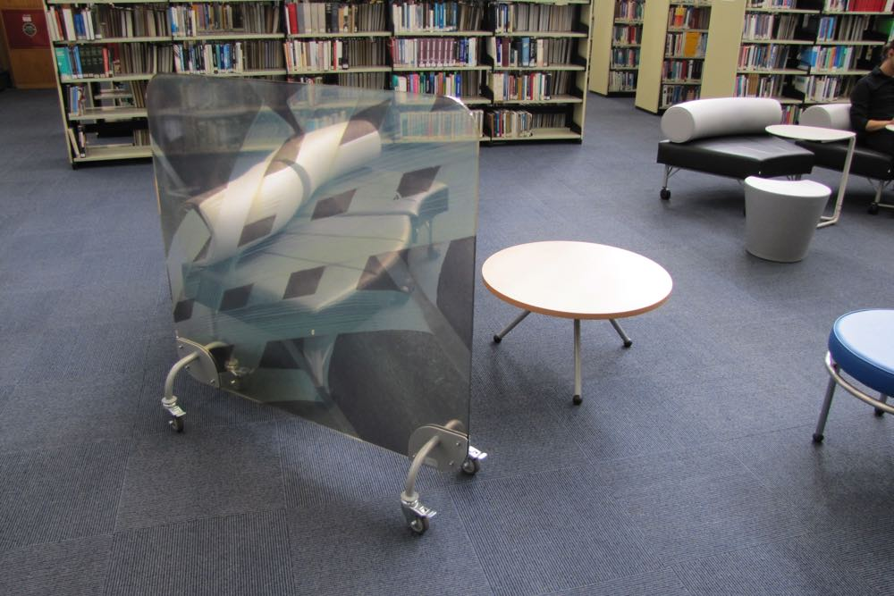 TO GO Screen provides an attractive space divider at The University of Auckland General Library.