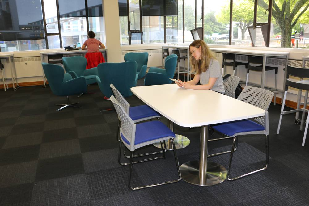 T7 RECTANGULAR Soft Form Table / Twin-Pedestal base and PUNCH Sled Based Chairs form part of an informal area at Massey University, Palmerston. ABBEY Chairs and BENCH Basics tables add to the variety of choice.