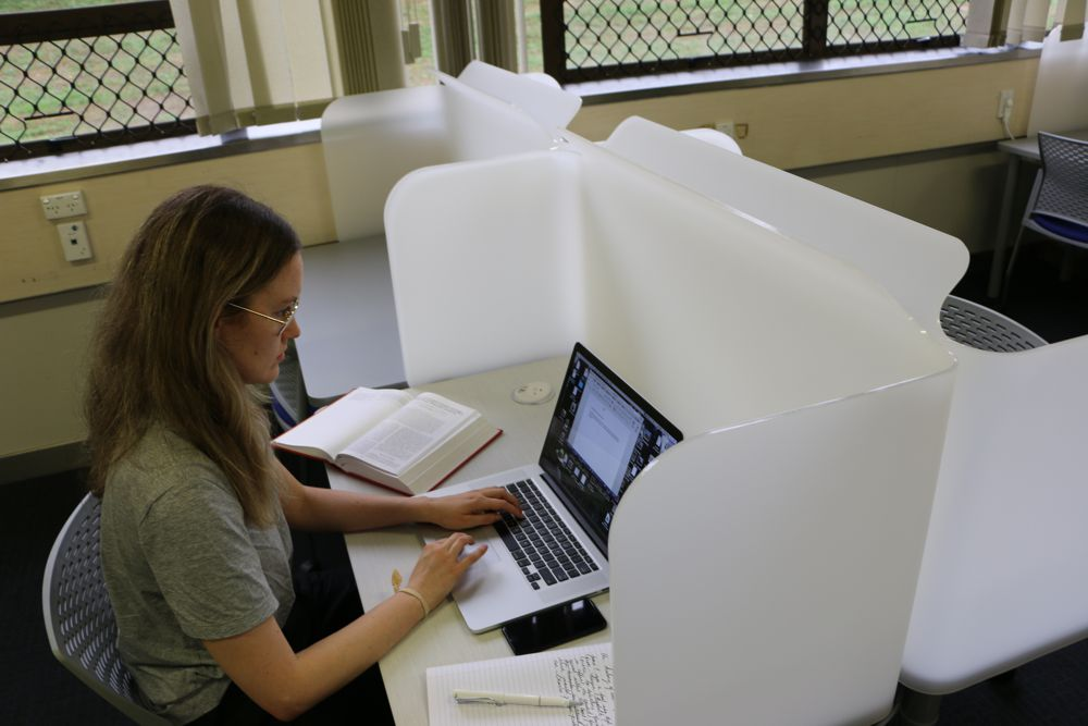 Socrates FOCUS Study Station provides ample room for devices and support material.