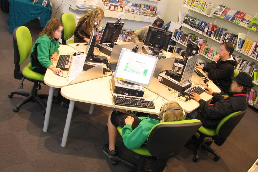 Socrates STANDARD and DELTA Computer Workstations form a hexapod, at Kumeu Library.