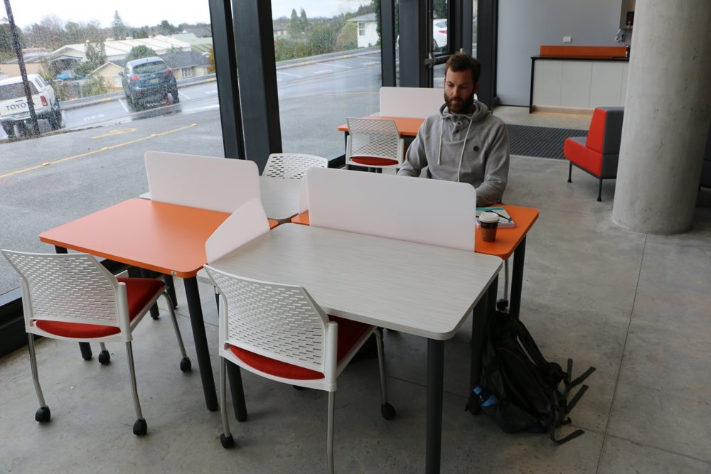Socrates FLICK Study Stations provide a generous sized worktop, at Waikato University's Law and Management Faculty.